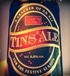 Cerveja Tins Ale, estilo Extra Special Bitter/English Pale Ale, produzida por Shepherd Neame, Inglaterra. 4% ABV de álcool.