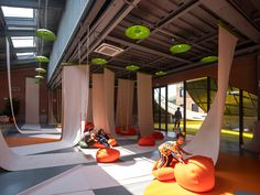 The Playscape -儿童成长中心,北京 / waa未觉建筑 - 谷德设计网 Basketball Court, Indoor, Community, Park, Interior, Parks