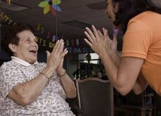 Laughter yoga: The health benefits of laughter for dementia patients and their caregivers. Laughter Yoga, Laughter Therapy, Dementia Activities, Senior Activities, Dementia Care, Alzheimer's And Dementia, Benefits Of Laughter, Laughter The Best Medicine, Resistance Band Exercises