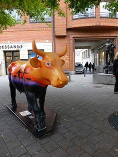 Cow parade de valenciennes -- Cow Parade Valencia -- Valenciennes, Nord-Pas-de-Calais, France