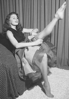 Marcuku, 1940's stockings
