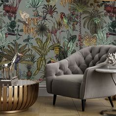 If you're a lover of exotic tropical birds then this is the wallpaper mural for you. Amongst the winding jungle trees, you'll find hornbills, cockatoos and parakeets set amongst beautifully detailed floral wall illustrations. The on trend grey mist background adds an additional touch of style and luxury. Palm Leaf Wallpaper, Tropical Wallpaper, Botanical Wallpaper, Bird Wallpaper, Animal Wallpaper, Nature Wallpaper, Grey Jungle Wallpaper, Wallpaper Ideas, Modern Tropical
