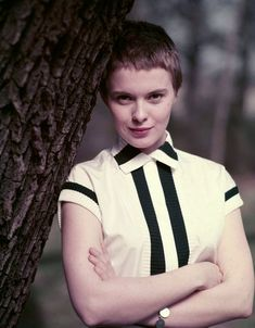 Jean Seberg in black and white. The perfect #spring/#summer look.