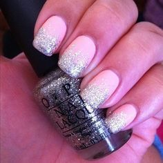 Matte polish with sparkle on the tips.