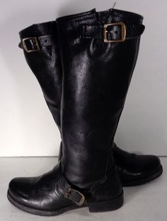 FRYE 77605 VERONICA SLOUCH BLACK LEATHER MOTORCYCLE BOOTS WOMEN'S SIZE 6 Price: $209.99 #Motorcycle Boots #Biker Boots #Fashion #Harness Boots #Engineer Boots At Eagle Ages we love motorcycle boots.  You can find a great choice of second hands motorcycle boots in our store https://eagleages.com/shoes/boots/women-boots/cowboy-boots.html