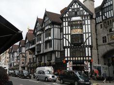 In London (London '09)