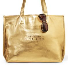 Product: Allure Fashion Tote #holidaygift