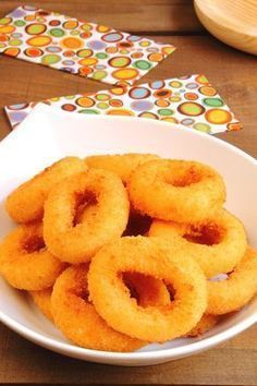 Beignets d'oignons – Les recettes de cuisine et mets Onion Recipes, My Recipes, Recipies, Donuts, Desserts Around The World, Quiche, Tumblr Food, Grilling Gifts, Fast Food