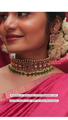 Indian Fashion Dresses, Girls Fashion Clothes, Pakistani Dresses, Traditional Silk Saree, Chunky Jewelry, Imitation Jewelry, All About Fashion, Necklace Designs, Indian Jewelry
