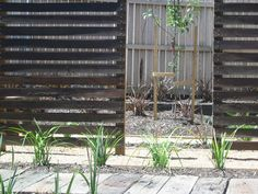 Outdoor Privacy Screens | Timber screens of recycled timber and sleeper path at Eco-living ...