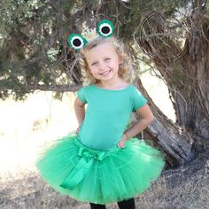 Frog Princess Costume frog costume green frog animal dress up animal costume Headband Only Diy Halloween Costumes For Kids, Toddler Costumes, Family Costumes, Halloween 2020, Tutu Costumes, Animal Costumes, Costume Dress, The Little Mermaid Musical, Tiana
