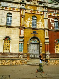 Porto-Novo, the Capital of Bénin African Countries, Countries Of The World, Like A Local, West Africa, Africa Travel, Capital City, Adventure Travel, Around The Worlds, Places