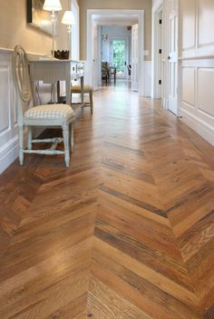 Antique American Oak - Chevron pattern