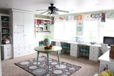 Today I am featuring the bright and colorful home tour of Lindsey from the blog The Pleated Poppy. Here is what she says she loves most about here home: look: my house is light and bright! I have kept the wall color and most of the furniture fairly neutral so I can change things up …