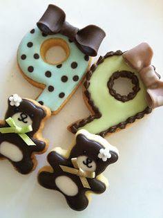 C.bonbon: Birthday cookies