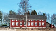 Billedresultat for pohjalaistalo Scandinavian Home, Old Houses, Finland, Countryside, Farmhouse, Cabin, Traditional, House Styles, Sweden
