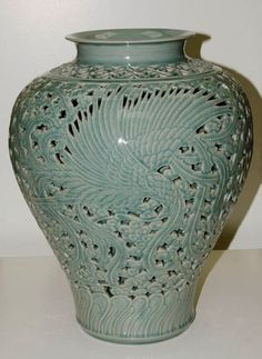 ICHEON CERAMIC Large Celadon Jar Mr Choi In-Gyu r800