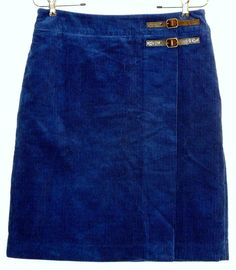 Boden Corduroy Skirt. Free shipping and guaranteed authenticity on Boden Corduroy Skirt at Tradesy. Faux wrap skirt from Boden in navy blue wide wale ...