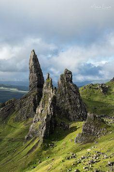 The Old Man of Storr & Sanctuary on Isle of Skye - Trotternish Ridge