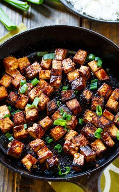 Asian Garlic Tofu- marinated in a sweet and spicy sauce and seared until crispy. Asian Garlic Tofu- marinated in a sweet and spicy sauce and seared until crispy. Tasty Vegetarian Recipes, Healthy Recipes, Asian Tofu Recipes, Cast Iron Skillet Recipes Vegetarian, Firm Tofu Recipes, Recipes Using Tofu, Tofu Dinner Recipes, Vegan Lunch Recipes, Vegetarian Main Dishes