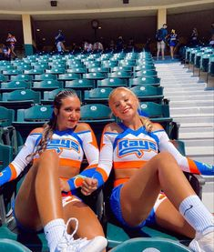 Cheer Outfits, Cheerleading Outfits, Cheerleading Senior Pictures, Cute Cheer Pictures, Cheers Photo, Cheer Poses, Cheer Uniforms, All Star Cheer, Hot Cheerleaders