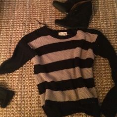 Brown and black striped sweater LARGE black and brown striped sweater. Comfortable and stylish. Worn twice. Ambiance Apparel Sweaters Crew & Scoop Necks
