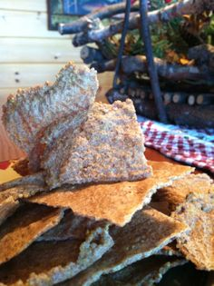 sweet cinnamon millet crackers!