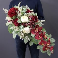 Funeral Flowers, Arte Floral, Merry Christmas And Happy New Year, Casket, Flower Arrangements, Centerpieces, Floral Wreath, Wreaths, Floral Arrangements