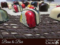 Emprender en un negocio 100% productivo es posible con la  @tiendadelcacao. Dispuesto(a) a romper paradigmas? 2017 es un año de retos importantes y hay que prepararse con conocimientos que te brinden la mayor cantidad posible de oportunidades de éxito.  Por eso con nuestra Formación Bean to Bar hemos celebrado a muchos emprendedores(as) que confiaron en sus capacidades e invirtieron en cacao y/o chocolate con un retorno de inversión importante que los convierte en 2017 en Emprendedores de…
