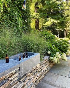 Wooded Landscaping, Farmhouse Landscaping, Back Gardens, Small Gardens, Outdoor Rooms, Outdoor Living, Yard Design, Screened In Porch, Landscape Walls
