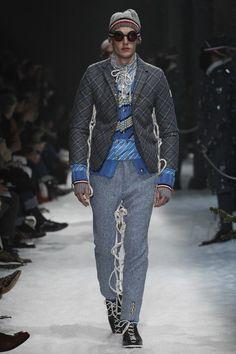 gamme bleu moncler