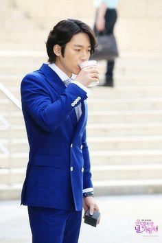 Fated to Love You (운명처럼 널 사랑해) Korean - Drama - Picture Choi Jin Hyuk, Jang Hyuk, Korean Celebrities, Korean Actors, Korean Dramas, Korean Drama 2014, Kdrama, Jang Nara, Fated To Love You