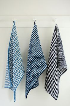 Lovely Free knit dishtowel pattern from Purlbee. (these are Whit's Knits: Slip Stitch Dishtowels)