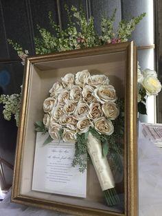 #whiterosesbouquet #classicbride #bridetobe #KeepsakeFloral