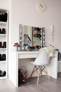 Interior My Style Stylish Bedroom Makeup Rooms Bedroom Decor Vanity Room, Diy Vanity, Vanity Ideas, Mirror Vanity, Mirror Ideas, Vanity Set, My New Room, My Room, Sala Glam