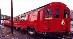 1959 tube stock at DuckDuckGo London Underground Train, Metropolitan Line, Tube Train, London Transport, Locomotive, Transportation, Around The Worlds, Pictures, Trains