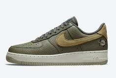 TheNike Air Force 1 Low Turtle is inclusion of an embroidered shelled animal on the lateral heel is.The textured leather base flaunts a stunning... New Nike Air Force, Air Force 1, Top Air, Cheap Nike, Coriander, White Leather, Turtle, Shelled, Sneakers Nike