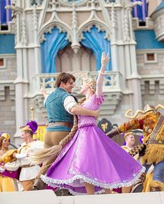 Mickey's Royal Friendship Faire Rapunzel and Flynn Rider Cinderella Castle Magic Kingdom PC: Quintin Opfell