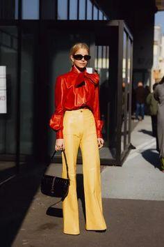 Le jaune est la couleur de l'année 2021 : comment (bien) le porter ? | Vogue Paris