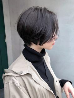 chinese bob hairstyles bob hairstyles for black women sew in long inverted bob hairstyles Short Hair Tomboy, Asian Short Hair, Girl Short Hair, Short Hair Cuts, Tomboy Hairstyles, Hairstyles Haircuts, Pretty Hairstyles, Simple Hairstyles, Bridal Hairstyles