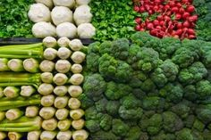 The Importance of Vitamin in a Vegetarian Diet. It's something we become aware of all the time: individuals, in general, do not eat healthy. The average diet plan includes too much hydrogenated fat and b Foods With Iron, Foods High In Iron, Iron Rich Foods, High Iron, Vinaigrette, B12 Foods, Healthy Life, Healthy Eating, Stay Healthy