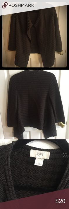 LOFT Bell Sweater 3/4 Sleeve Such a stylish sweater!!! Very classy and trendy at the same time. Versatile. Excellent condition! Awesome with a white tee, some jeans, and converse. Can be an xs or small. Love it! Make me an offer! LOFT Sweaters