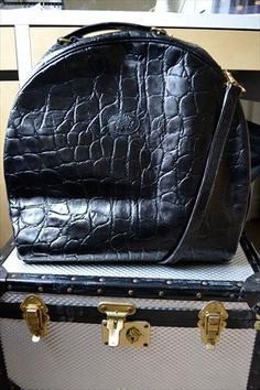 Vintage Mulberry vanity case i | Mulberry | Large | For Sale - http://www.fashionoko.com/Item/mulberry/bagspurses/1128#