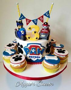 Paw Patrol Cake and Cupcakes Cupcakes Paw Patrol, Torta Paw Patrol, Paw Patrol Birthday Theme, Paw Patrol Party, Baby Birthday Cakes, Boy Birthday, Birthday Ideas, Pastel Paw Patrol, Snowflake Wedding Cake