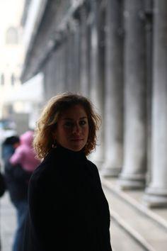 follow #TheItalianGlam #bloggerdiaries diari-web-venice-resolutions-The-Italian-Glam-mantella-Alberta-Ferretti-Venezia