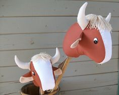 What a great idea, a steer stick horse! This shop also has a bunch of other adorable stick horses. I wonder if I could draft my own pattern.