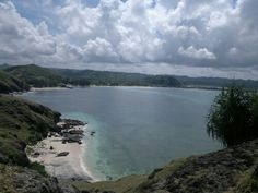 TANJUNG AAN BEACH, SOUTH LOMBOK.