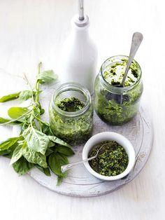 Ingredients - Food Photography Studio, Stop-motion Video Fresco, Food Photography Styling, Food Styling, Pesto Dip, Basil Pesto, Fresh Herbs, Food Fresh, Slow Food, Saveur