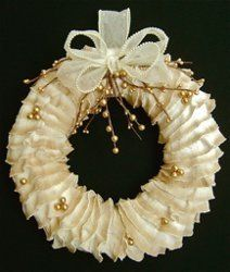Ivory Ruffles Wreath | AllFreeChristmasCrafts.com