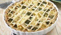 MAGGI Rezeptidee fuer Broccoli-Blumenkohl-Tarte mit Räucherlachs